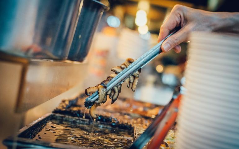 萬華黑金滷肉飯,用香菇收買人心・椎茸で人の心を買う